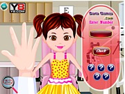 Badanie wady wzroku u dziewczyny