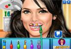 Ashley Greene u dentysty