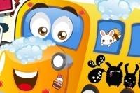 Mycie autobusu szkolnego