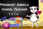 Angela pracuje w szkole