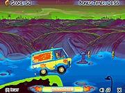Scooby doo jazda samochodem i snaki