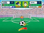 Piłka nożna z Myszką Miki