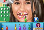 Emmanuelle Chriqui u dentysty