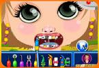 Mała dziewczynka u dentysty