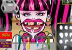 Draculaura u dentysty